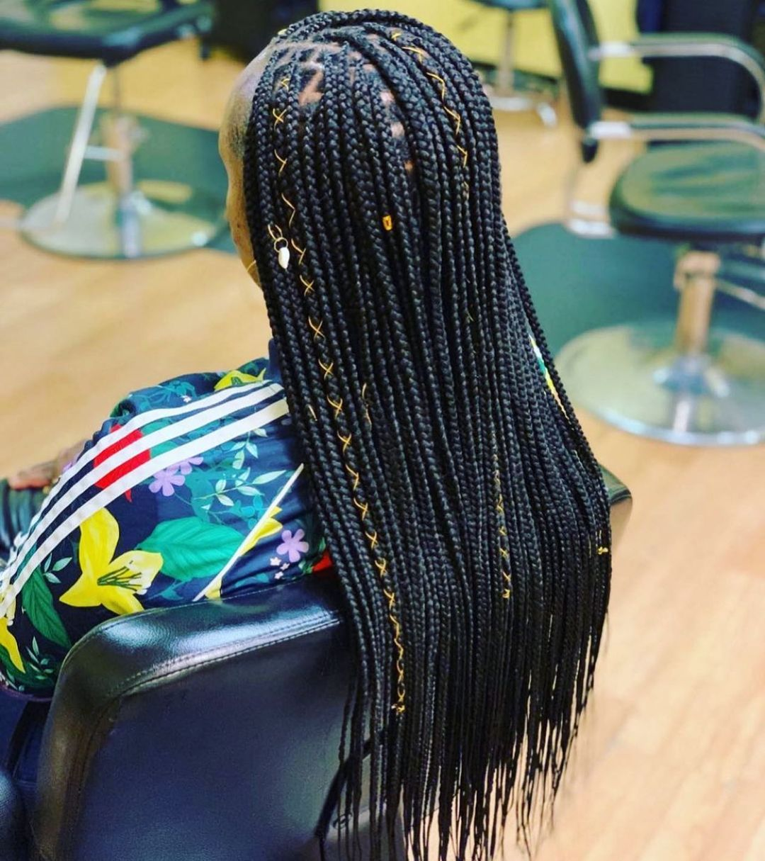 Well Detailed Long Knotless Braid