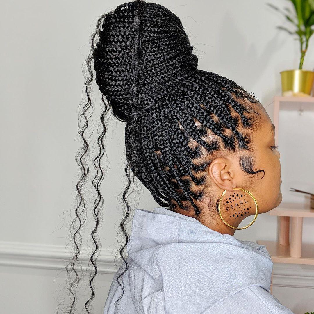 Curl Bun Knotless Box Braid