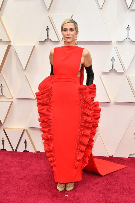 Kristen Wiig's Outfit At The 92nd Oscar Awards Ceremony