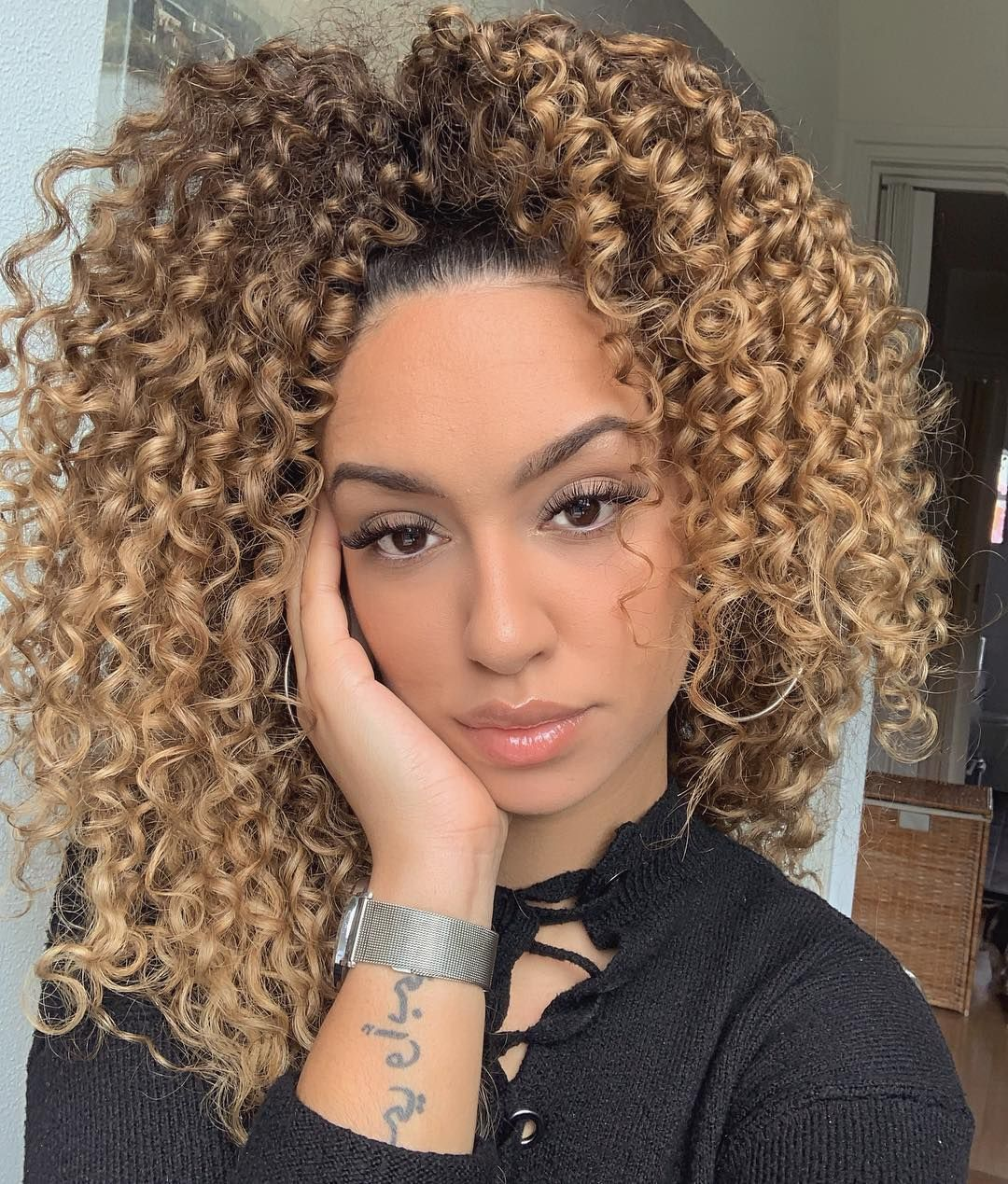 Blonde Ponytail Afro To Add Depth To Your Curls