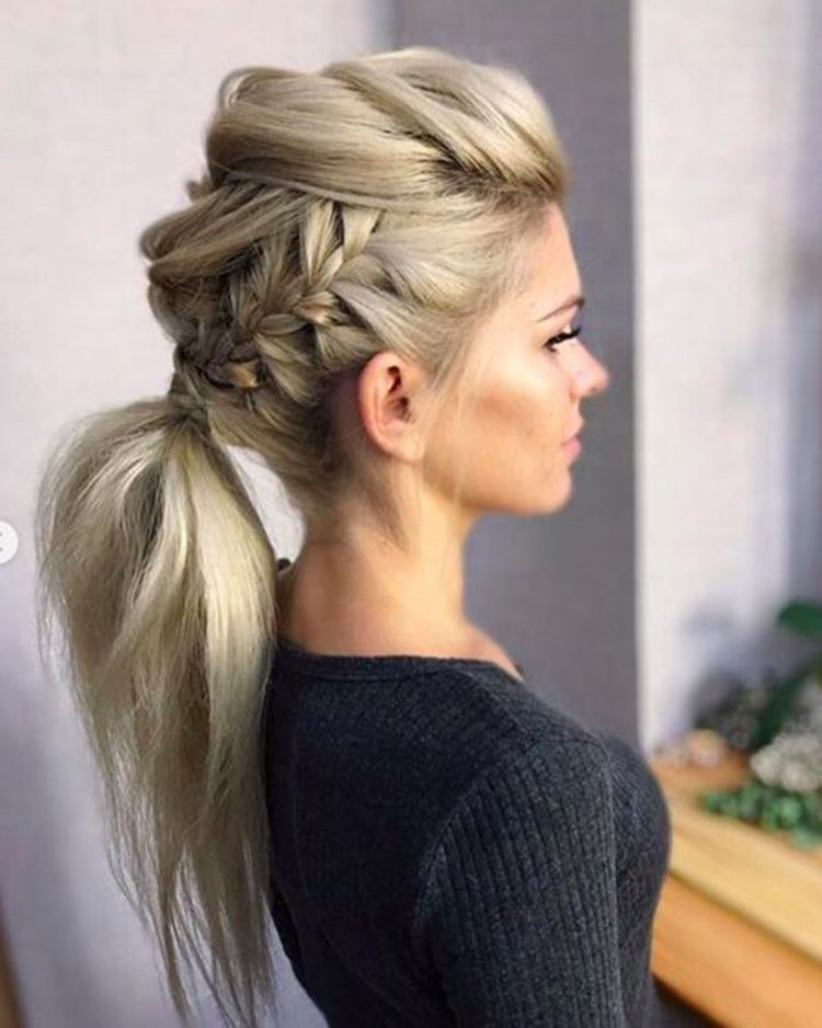 Medium hair hairstyle
