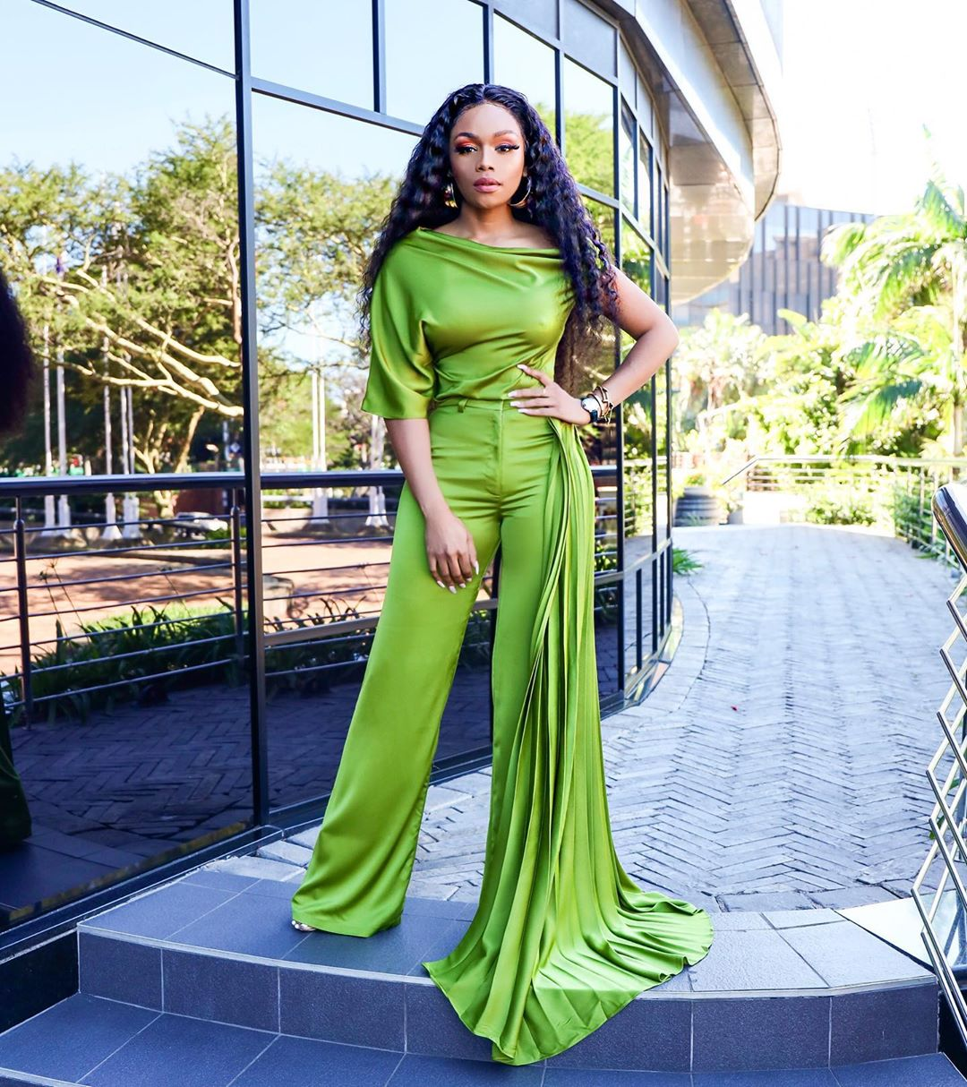 Bonanag Matheba Looks Dashing And Less Dramatic