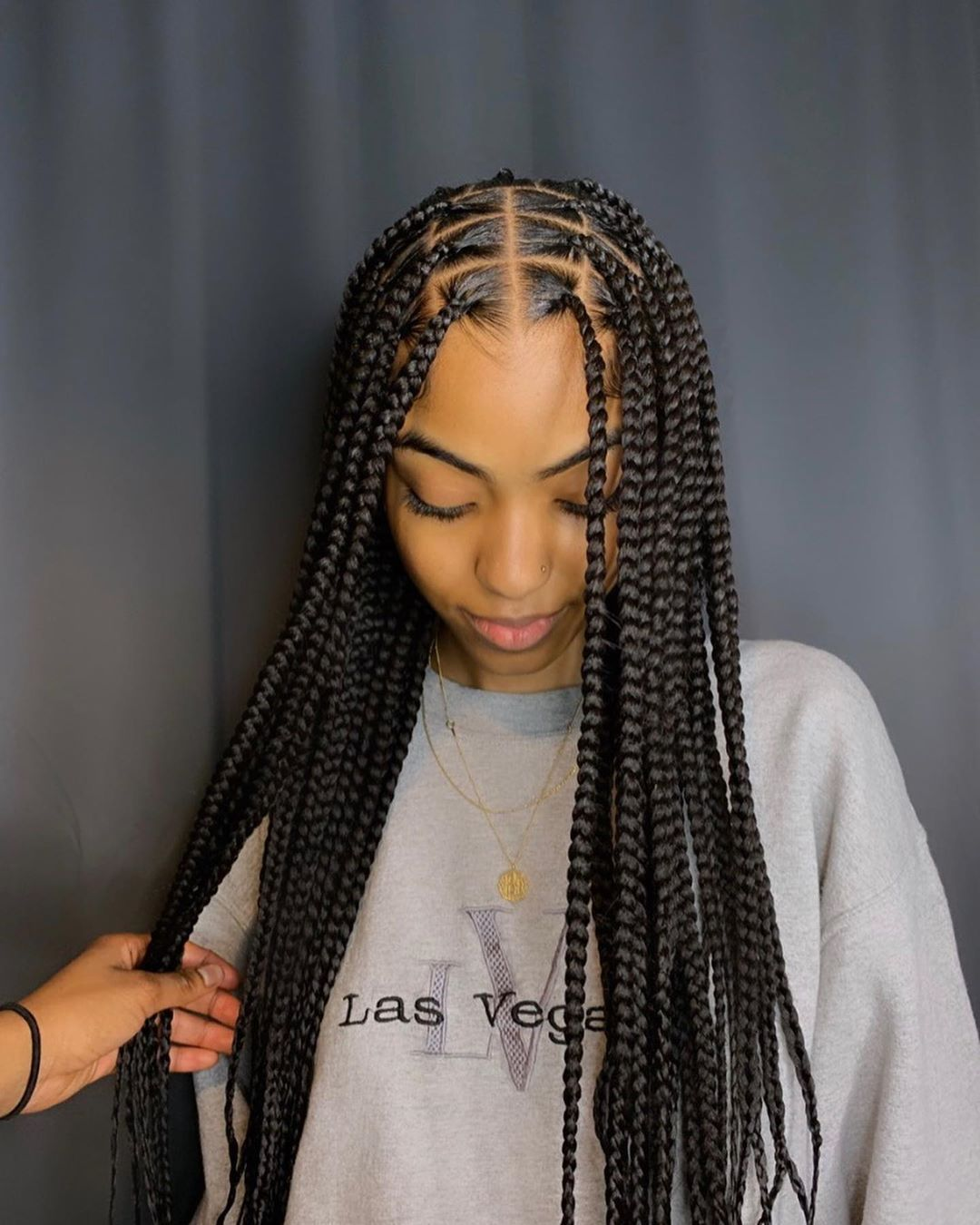 Beautiful knotless braids
