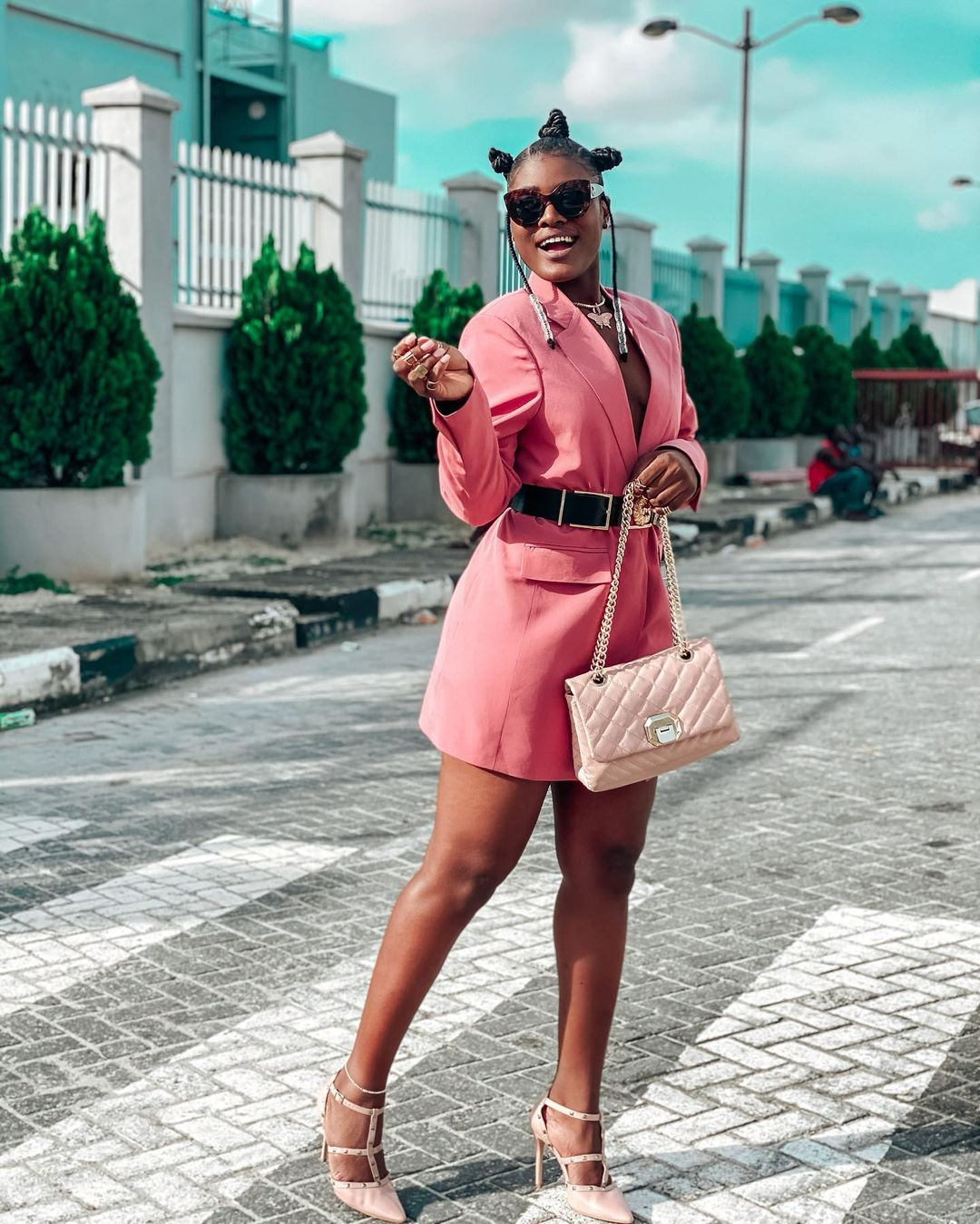 Alex Unusual Perfect Style For A Calm Personality