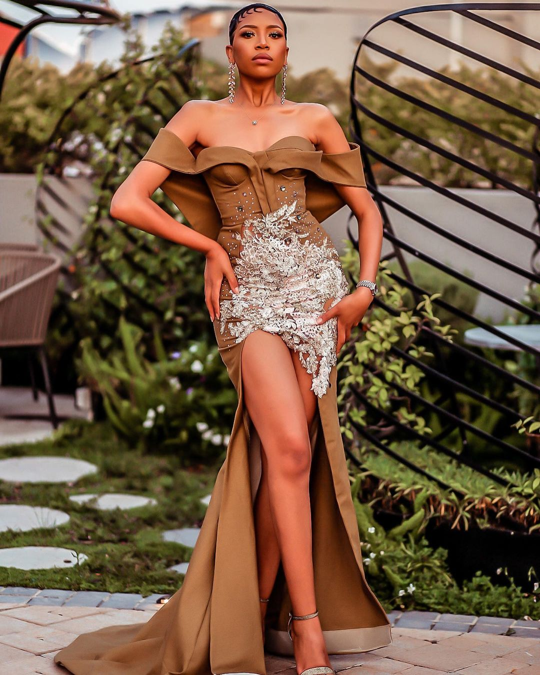 Blue Mbombo Glamourous Look Is Jaw Dropping