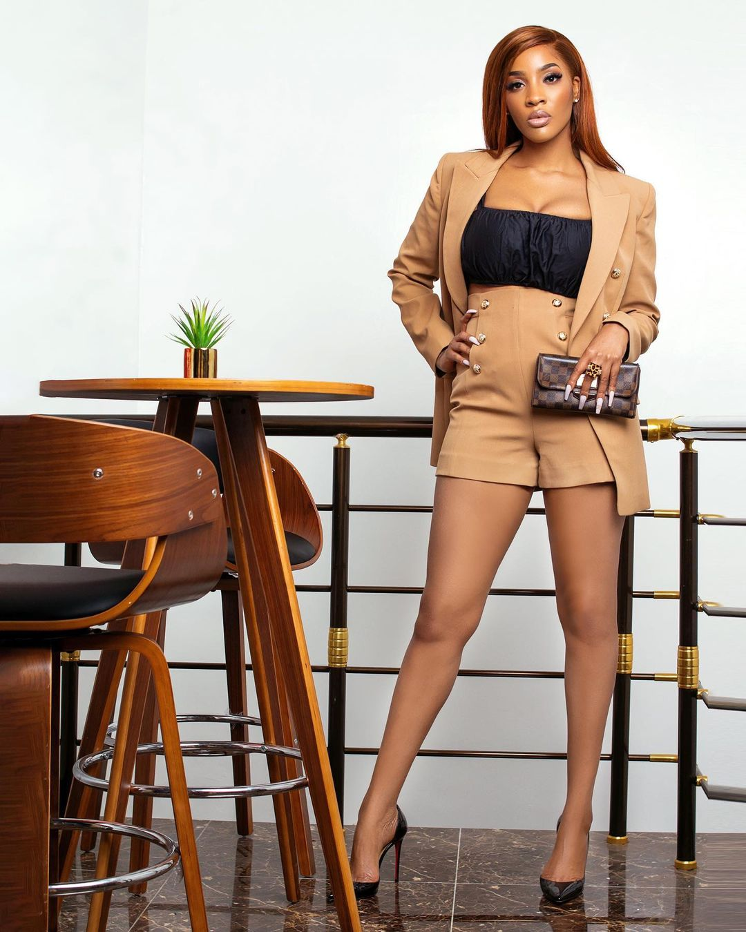 Beverly Keeps It Simple And Stylish In Two Piece Outfit