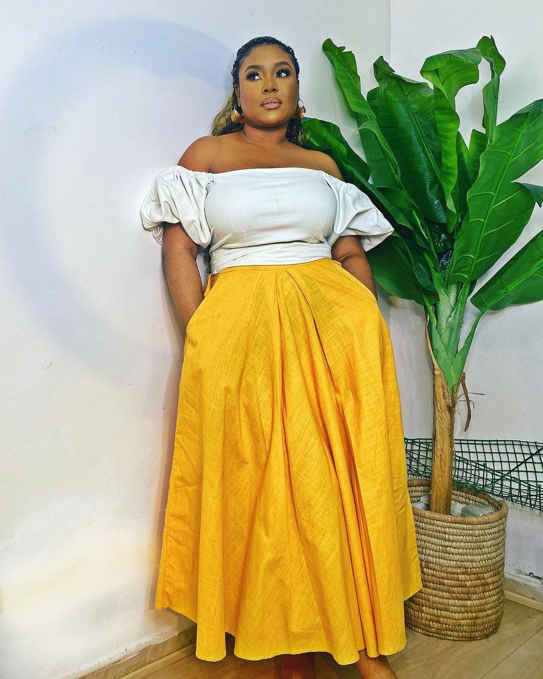 Mimi Onalaja Keep It Simple With Skirt