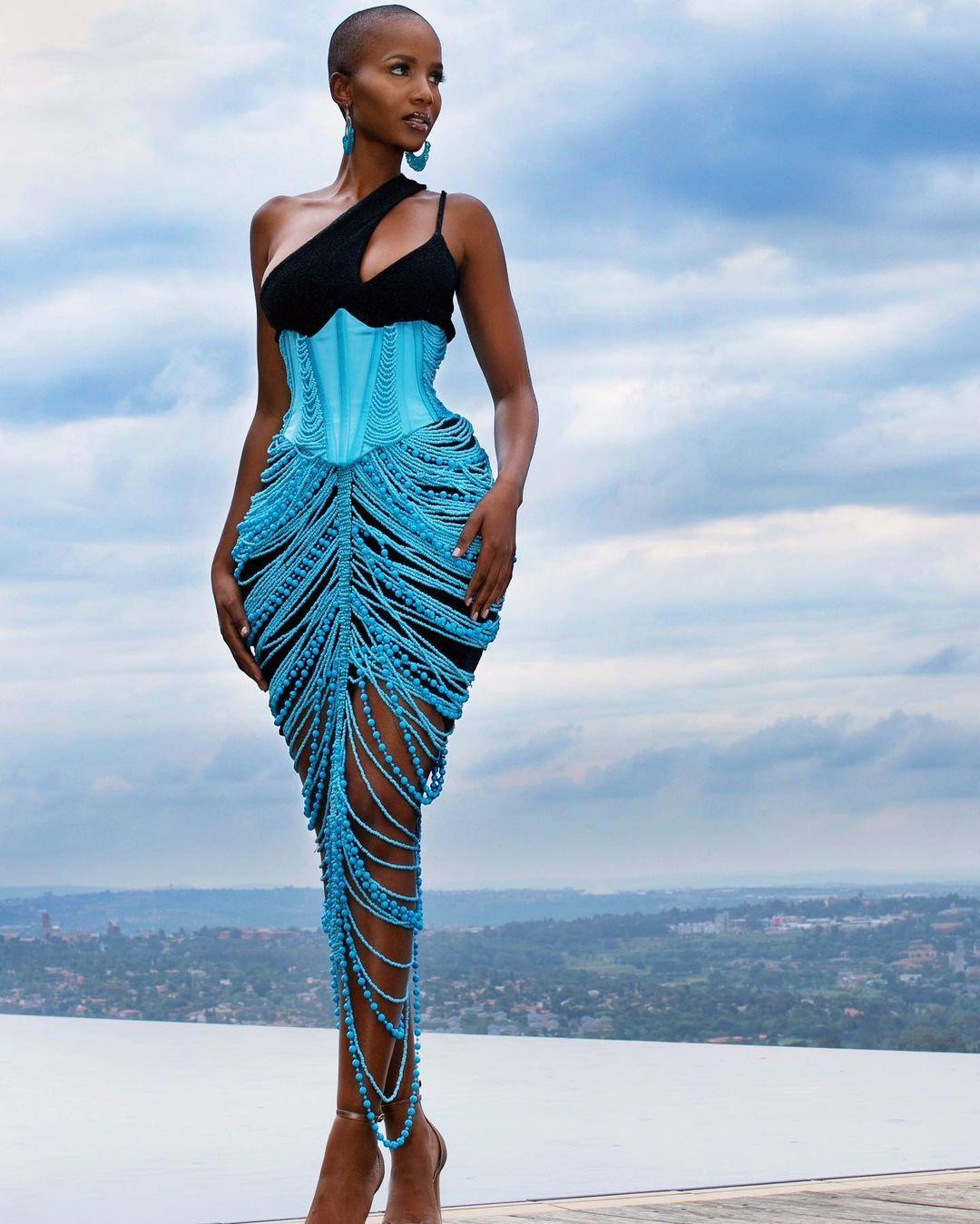 Shudufhadzo Musiḓa Sets Blue As The New Fashion Color