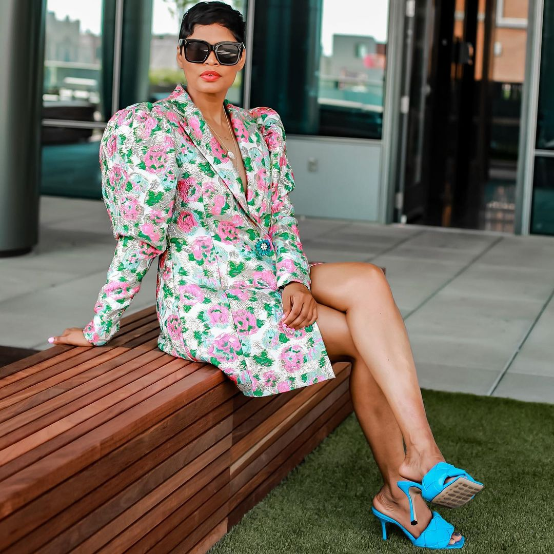 Siddyinthesity Floral Print Blazer Keeps The Chic Look Intact