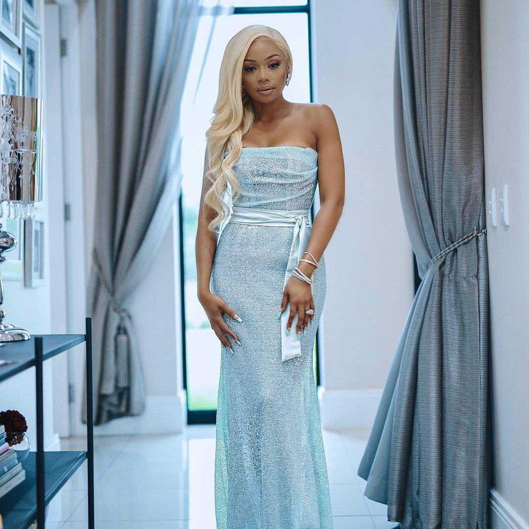 Bonanag Matheba Colbalt Blue Dress Gets Jaw Dropping