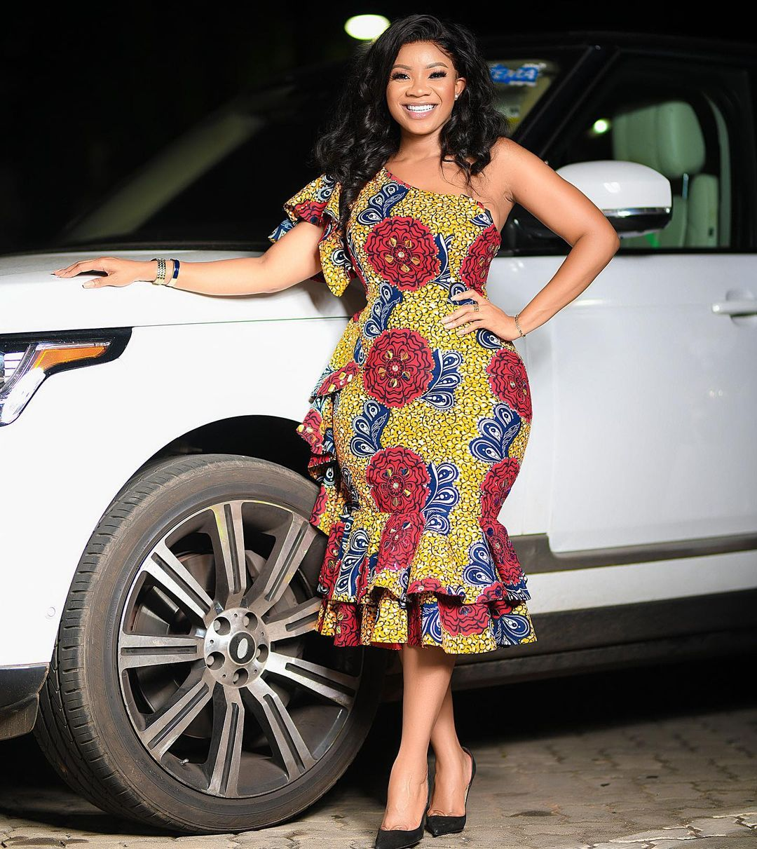 One Hand Ankara Gown Style With Layers