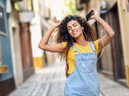 What Does Deep Conditioner Do For Natural Hair?