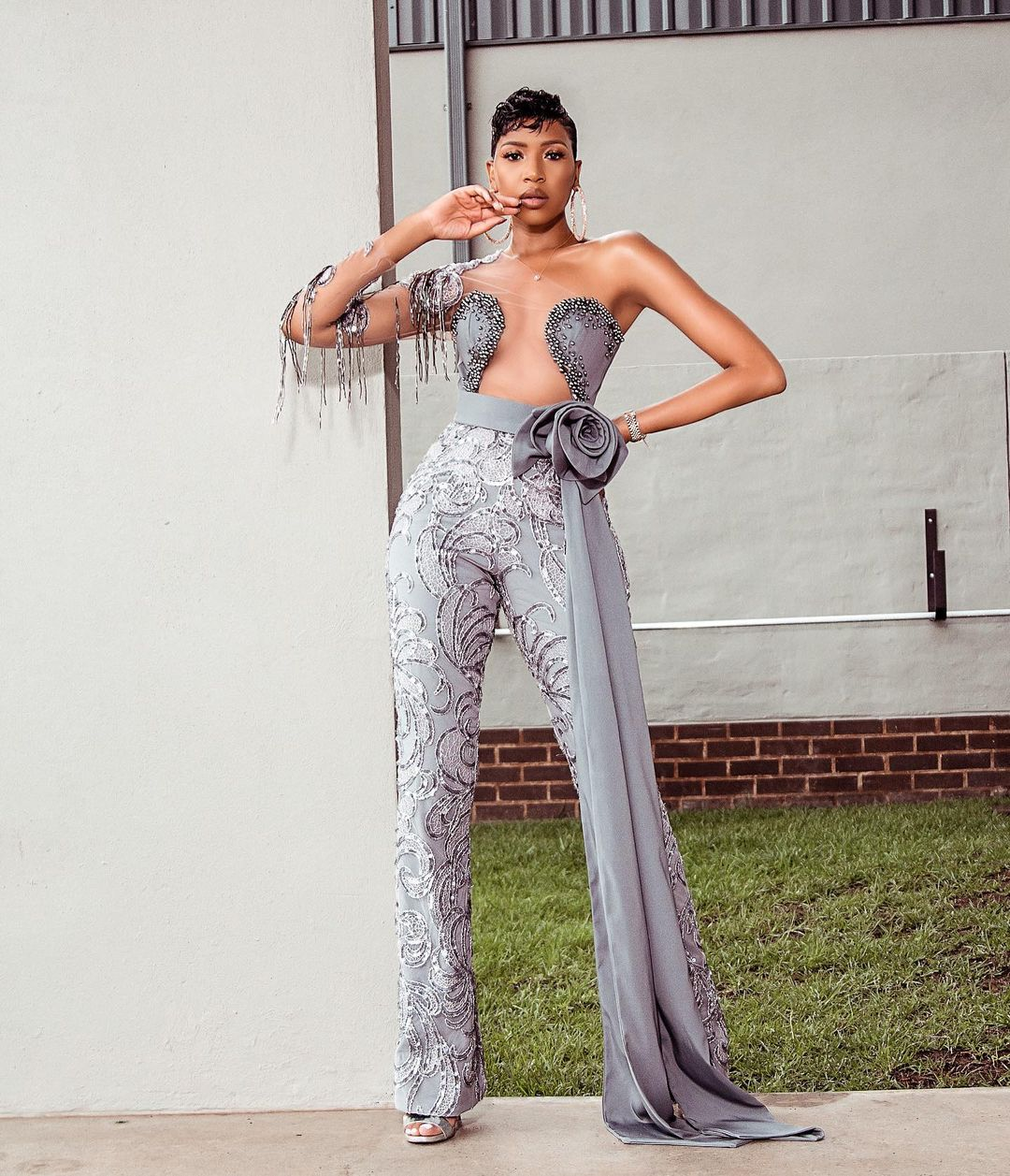 Blue Mbombo Sure Knows How To Rock A Jumpsuit