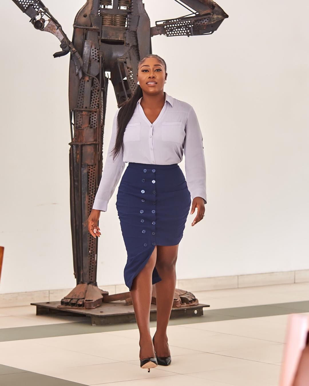 Gbemi O-O Rocks Skirt Decorated With Button