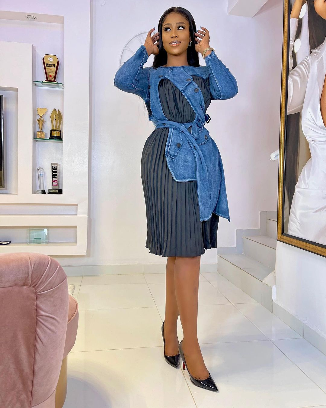 Lilian Afegbai Slaying Mixture of Material And Jeans Gown