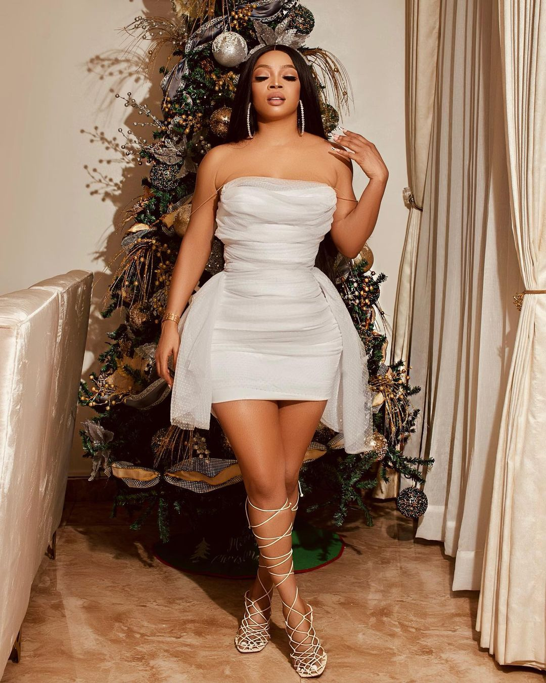 Toke Makinwa Keeps It Sassy As Always