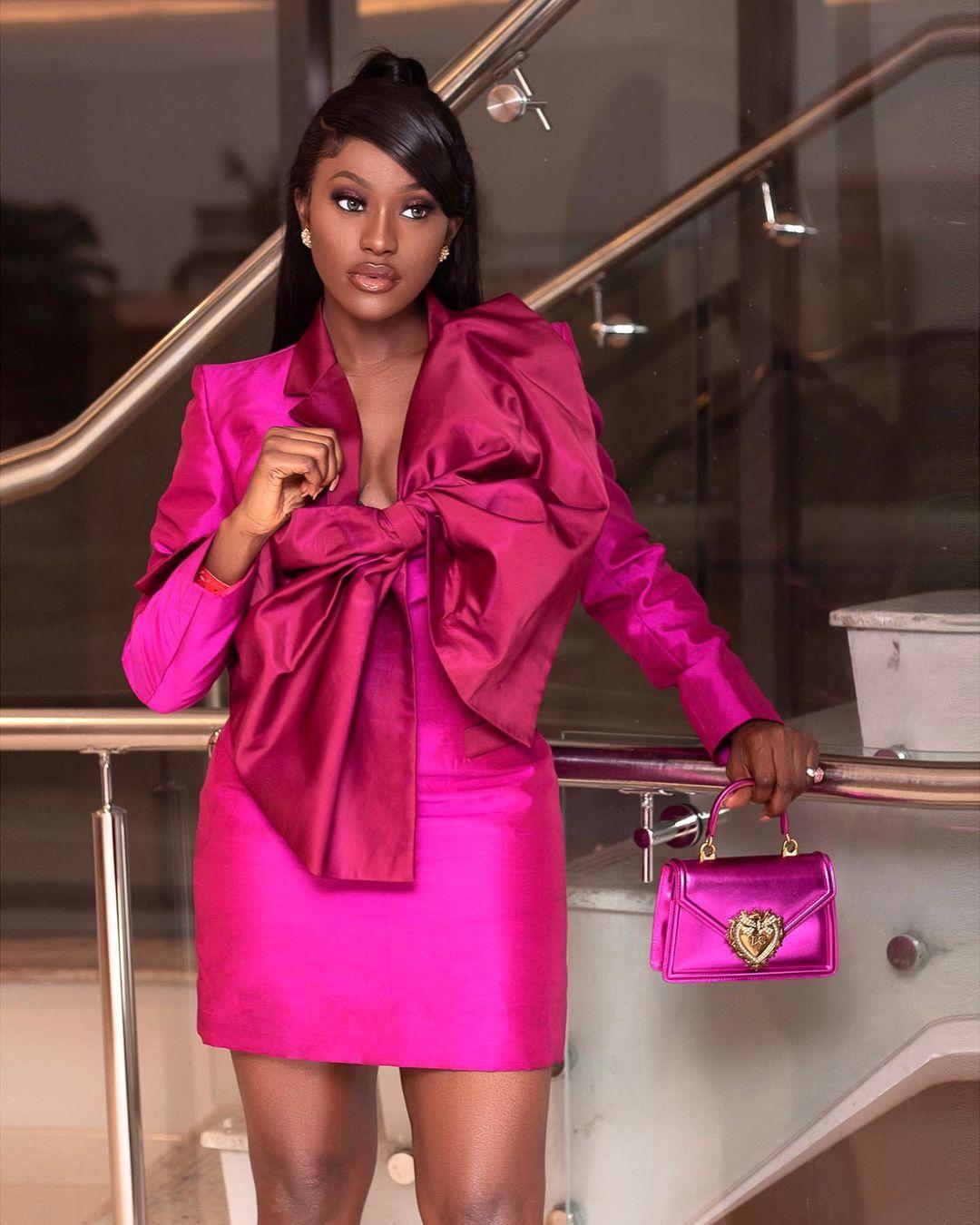 Linda Osifo: Smart And Classy In Pink