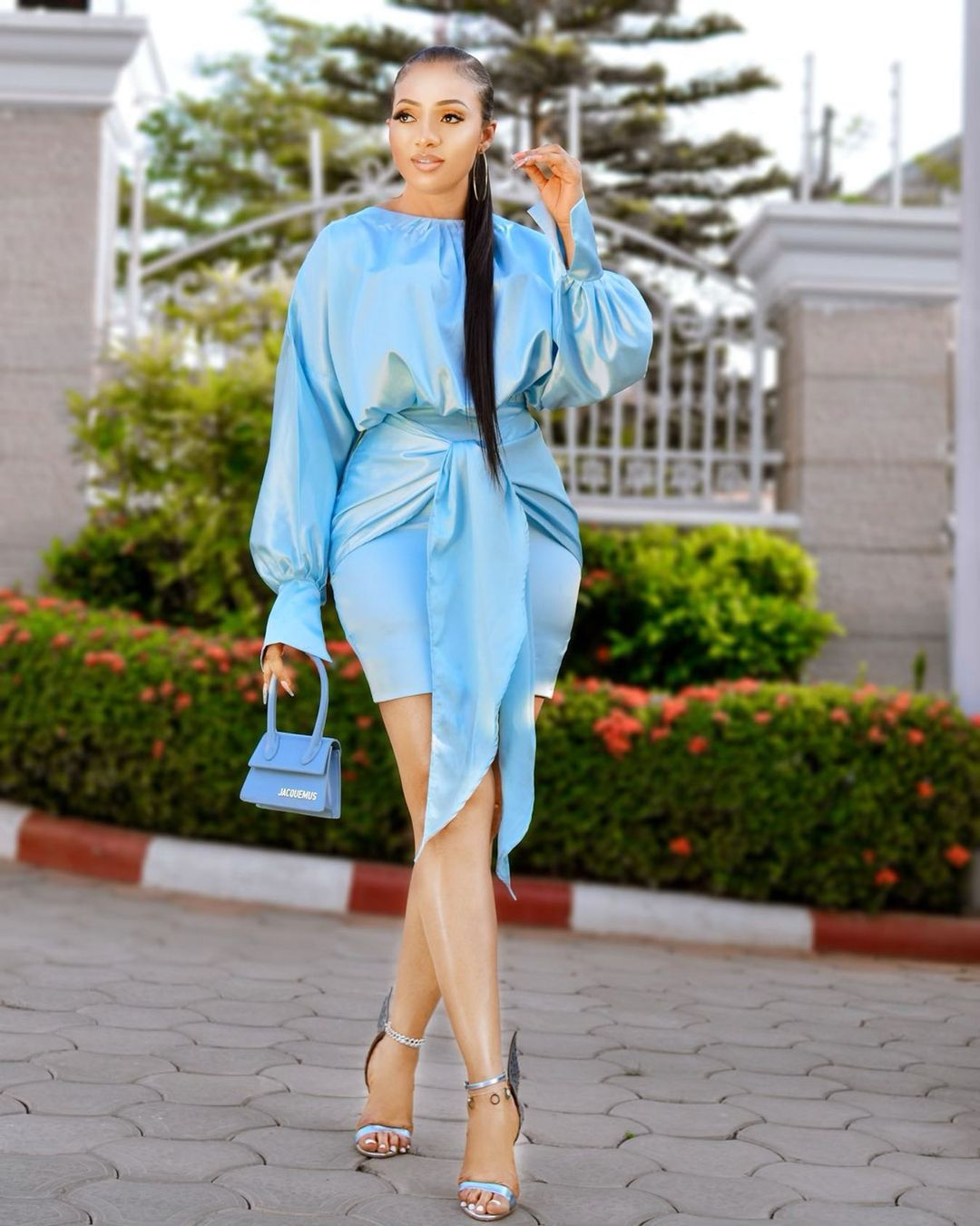 Nimi Nwofor: Radiant In Blue Gown