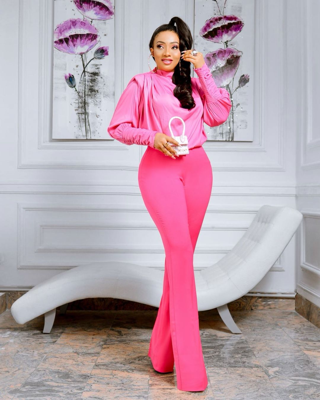Nimi Nwofor: Classy Two-Pieces Outfit